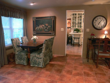 Alternate view of family room and view into kitchen as well.