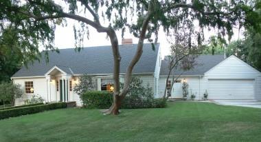 5060 Hallwood Avenue, Riverside CA 92506